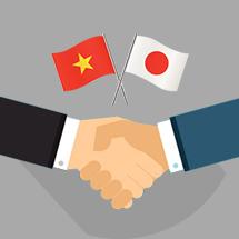 べトナム人のHTMLコーダーが作業し、日本人ディレクターが品質管理