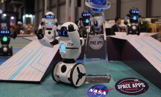 HCM初NASA主催のハッカソンEVOLABLE ASIAがメインスポンサーに