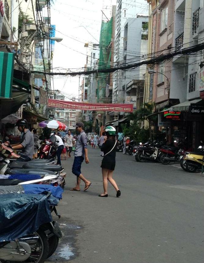 海外インターンで初のベトナム・ホーチミンに降り立つ。