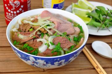 ベトナム人スタッフが紹介する、ハノイの美味しくて安い料理